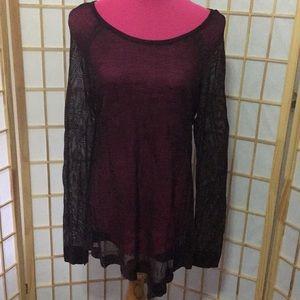 Rock & republic sz XL Long sleeve red & black mesh